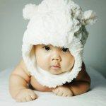 Dziecko w czapce